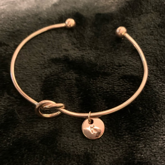 Jewelry - 'K' Rose gold tone bracelet